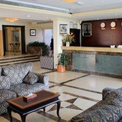 Отель Regent Beach Resort ОАЭ, Дубай - 10 отзывов об отеле, цены и фото номеров - забронировать отель Regent Beach Resort онлайн интерьер отеля