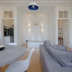 Апартаменты Liiiving - Downtown Spacious Studio Порту комната для гостей фото 2