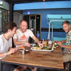 Vitamin Sea Hostel Phuket питание фото 2