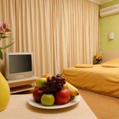 Гостиница 7 Дней Каменец-Подольский комната для гостей фото 4