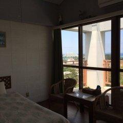 Отель Surfside Bed & Breakfast Центр Окинавы комната для гостей фото 3