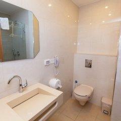 Отель AZZAHRA Иерусалим ванная