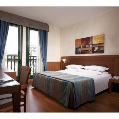 Hotel Raffaello Милан комната для гостей