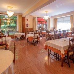 Отель Hostal Gallet Испания, Курорт Росес - отзывы, цены и фото номеров - забронировать отель Hostal Gallet онлайн помещение для мероприятий