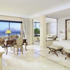 Gran Hotel Atlantis Bahia Real G.L. комната для гостей