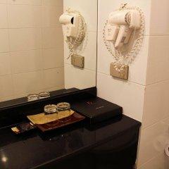 Отель FuramaXclusive Sathorn, Bangkok ванная фото 2