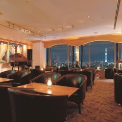 Hotel East 21 Tokyo гостиничный бар
