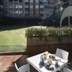 Отель Catalonia Barcelona Golf бассейн фото 3