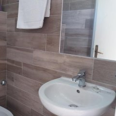 Отель Barbiani Италия, Риччоне - отзывы, цены и фото номеров - забронировать отель Barbiani онлайн ванная фото 2