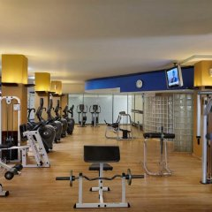 Отель Cinnamon Lakeside Colombo Шри-Ланка, Коломбо - 2 отзыва об отеле, цены и фото номеров - забронировать отель Cinnamon Lakeside Colombo онлайн фитнесс-зал