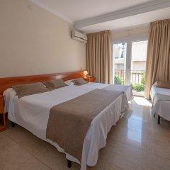 Отель Hostal Gallet Испания, Курорт Росес - отзывы, цены и фото номеров - забронировать отель Hostal Gallet онлайн комната для гостей фото 3