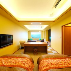 Отель Asagirinomieru Yado Yufuin Hanayoshi Хидзи комната для гостей фото 2