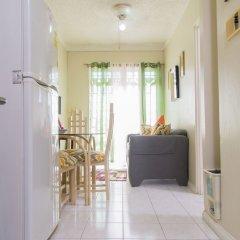 Отель Strathairn 207 by Pro Homes Jamaica удобства в номере