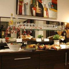 Отель Dornberg-Hotel Германия, Фехельде - отзывы, цены и фото номеров - забронировать отель Dornberg-Hotel онлайн гостиничный бар