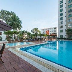 Отель Somerset Ho Chi Minh City бассейн