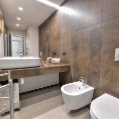 Отель Stone Walls Deluxe ванная фото 2