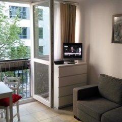 Апартаменты Amber Apartments Pereca комната для гостей фото 4