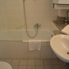Отель Lex im Gartenhof Германия, Мюнхен - отзывы, цены и фото номеров - забронировать отель Lex im Gartenhof онлайн ванная