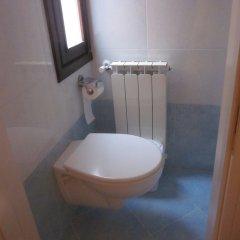 Отель Albergo ai Tolentini Италия, Венеция - отзывы, цены и фото номеров - забронировать отель Albergo ai Tolentini онлайн ванная