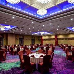 Отель Grand Mercure Yogyakarta Adi Sucipto Индонезия, Слеман - отзывы, цены и фото номеров - забронировать отель Grand Mercure Yogyakarta Adi Sucipto онлайн помещение для мероприятий