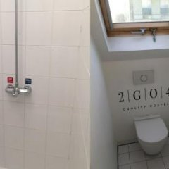 2GO4 Quality Hostel Brussels City Center Брюссель ванная фото 2