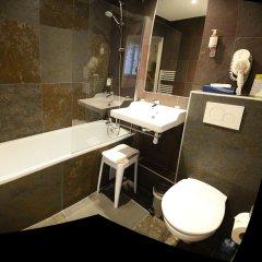 Отель MALAR Париж ванная фото 2