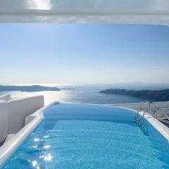 Отель Abyssanto Suites & Spa бассейн