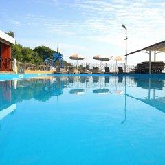 Гостиница Гранд Отрада бассейн фото 2