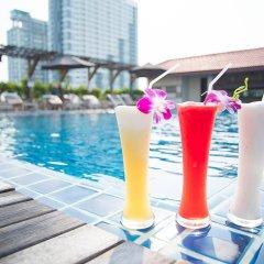 Intimate Hotel Pattaya by Tim Boutique бассейн фото 3