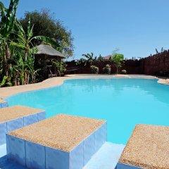 Отель John Mig Hotel Филиппины, Лапу-Лапу - отзывы, цены и фото номеров - забронировать отель John Mig Hotel онлайн бассейн фото 2