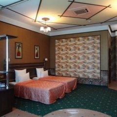 Гостиница Астрал (комплекс А) в Тихвине отзывы, цены и фото номеров - забронировать гостиницу Астрал (комплекс А) онлайн Тихвин сейф в номере