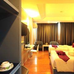 Отель Aunchaleena Grand Бангкок комната для гостей фото 2