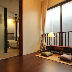 Отель Villa Phra Sumen Bangkok Таиланд, Бангкок - отзывы, цены и фото номеров - забронировать отель Villa Phra Sumen Bangkok онлайн сейф в номере