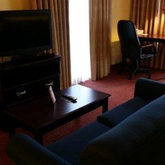 Отель Hawthorn Suites by Wyndham Columbus North США, Колумбус - отзывы, цены и фото номеров - забронировать отель Hawthorn Suites by Wyndham Columbus North онлайн комната для гостей фото 3