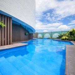 Grand China Hotel бассейн