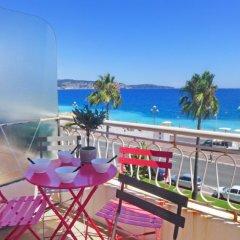 Отель Les Yuccas Promenade des Anglais балкон
