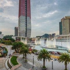 Отель Holiday Inn Shenzhen Donghua Китай, Шэньчжэнь - отзывы, цены и фото номеров - забронировать отель Holiday Inn Shenzhen Donghua онлайн балкон