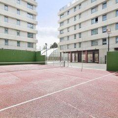 Отель Tryp Madrid Airport Suites спортивное сооружение