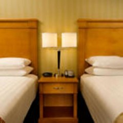 Отель Drury Inn & Suites Columbus Convention Center комната для гостей фото 2