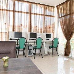 Отель Sun Village Apartments Болгария, Солнечный берег - отзывы, цены и фото номеров - забронировать отель Sun Village Apartments онлайн гостиничный бар