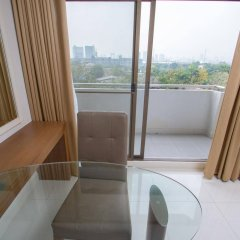 Thomson Hotel Huamark балкон