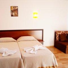 Отель Chrystal Guest House Аврен комната для гостей фото 2