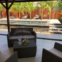 Отель Villa Oasis бассейн