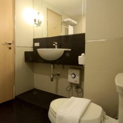 Thee Bangkok Hotel ванная фото 2
