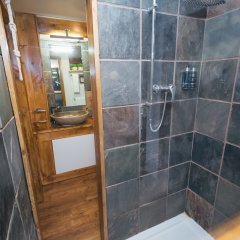 Hotel Pelirocco Брайтон ванная