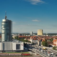 Отель Hampton by Hilton Munich City West Германия, Мюнхен - 1 отзыв об отеле, цены и фото номеров - забронировать отель Hampton by Hilton Munich City West онлайн городской автобус