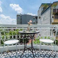 Отель The Poppy Villa & Hotel Вьетнам, Ханой - отзывы, цены и фото номеров - забронировать отель The Poppy Villa & Hotel онлайн балкон