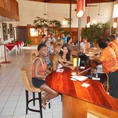 Отель Bedarra Beach Inn Фиджи, Вити-Леву - отзывы, цены и фото номеров - забронировать отель Bedarra Beach Inn онлайн гостиничный бар