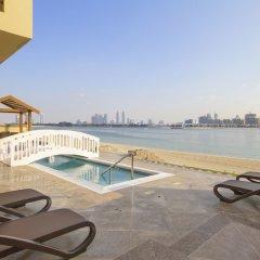 Отель Bespoke Residences-Luxury Frond A Villas пляж