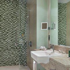 Отель Hilton Dead Sea Resort & Spa Иордания, Сваймех - 1 отзыв об отеле, цены и фото номеров - забронировать отель Hilton Dead Sea Resort & Spa онлайн ванная фото 3